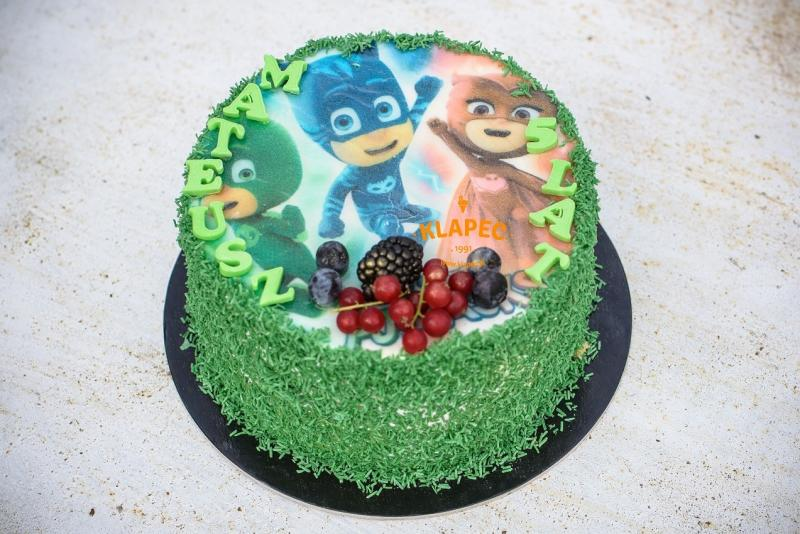 18-tort-urodzinowy-z-opatkiem-pidamersi