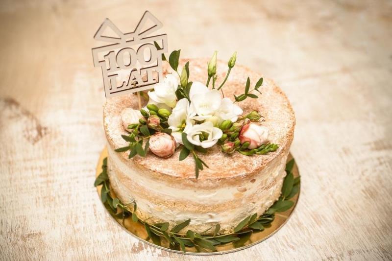 Tort na urodziny 1