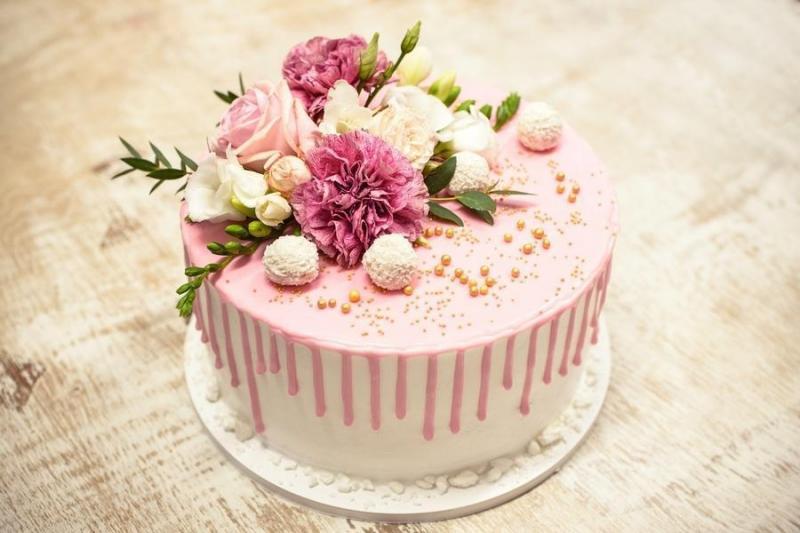Tort na urodziny 10