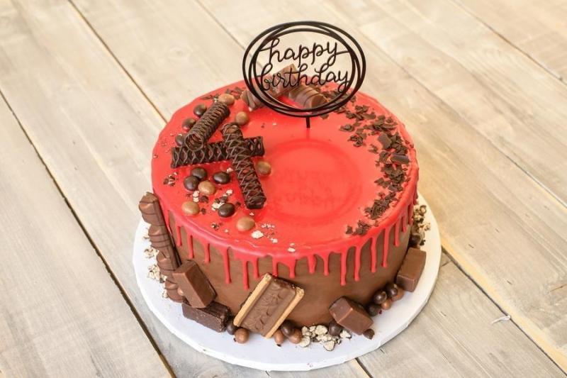 Tort na urodziny 12