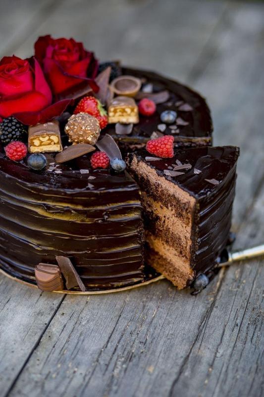 Tort na urodziny 27