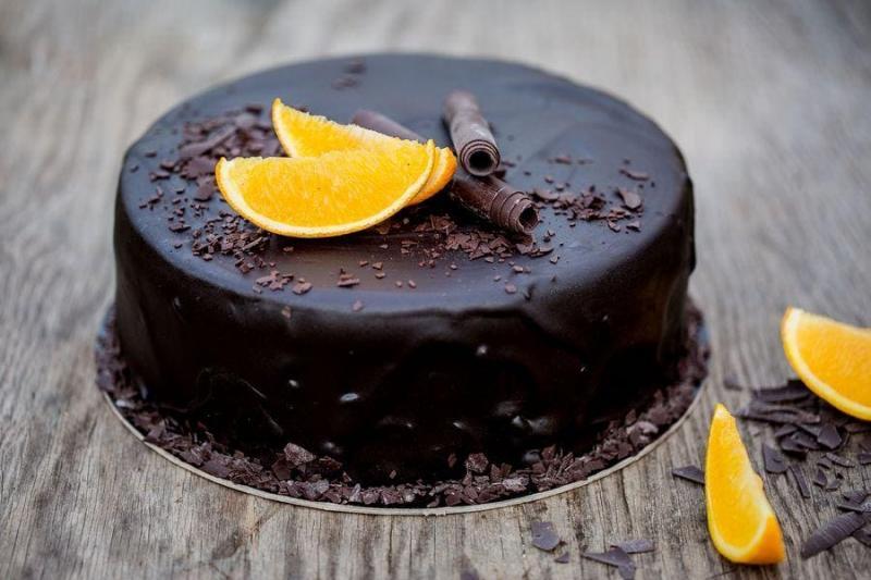 Tort na urodziny 32