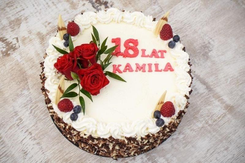 Tort na urodziny 39