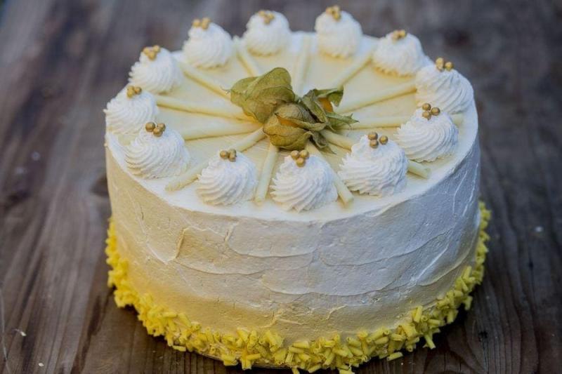 Tort na urodziny 41