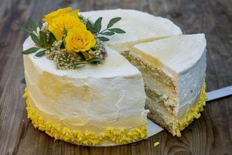 Tort na urodziny 43
