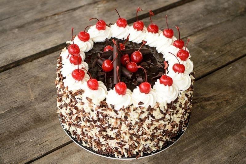 Tort na urodziny 44