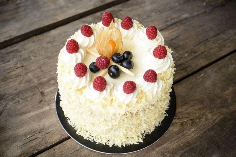 Tort na urodziny 47