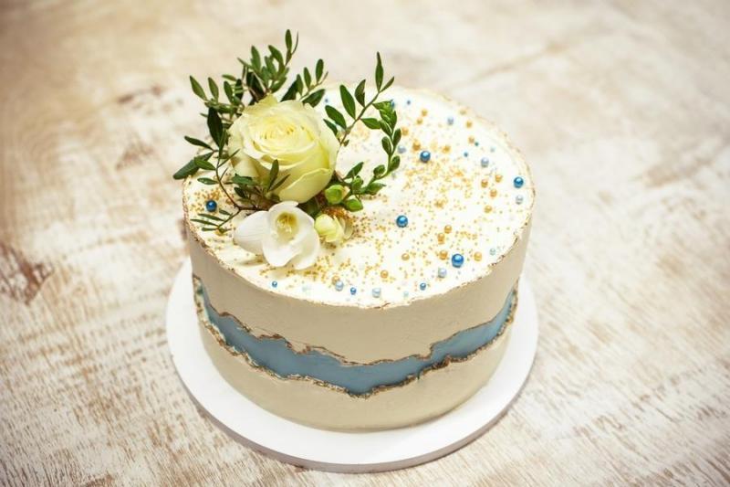 Tort na urodziny 8