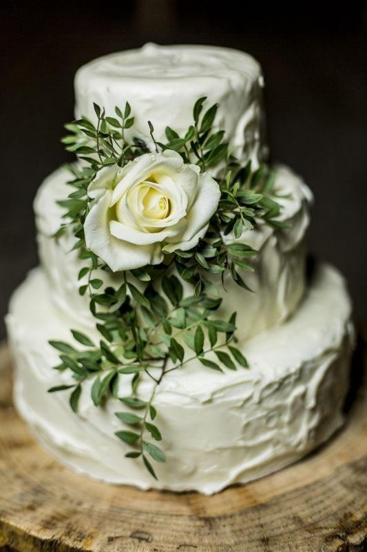 Tort weselny 39