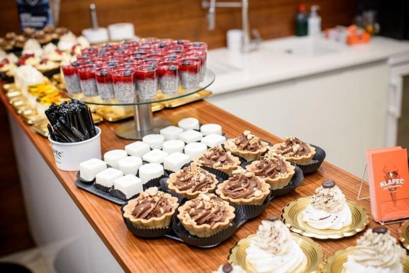 słodki bufet dla firm 11