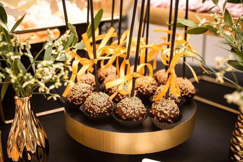 Słodki stół bankiet firmowy 11