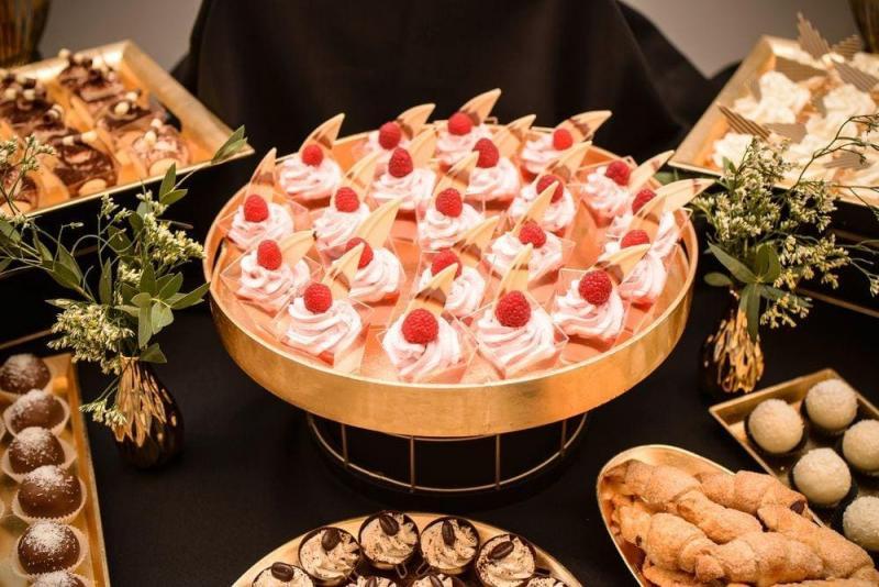 Słodki stół bankiet firmowy 15