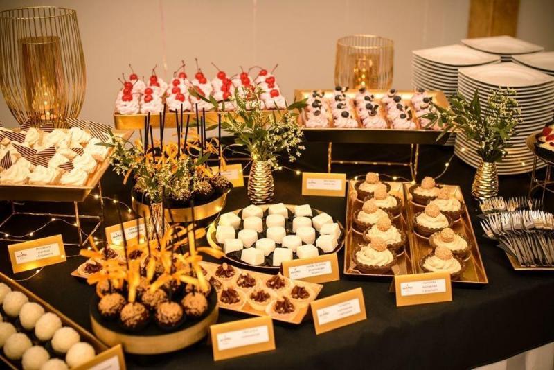 Słodki stół bankiet firmowy 25