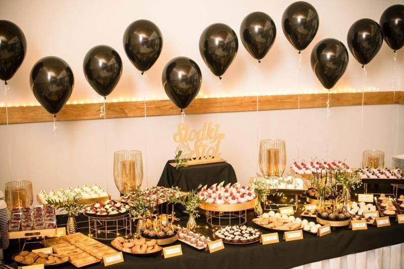 Słodki stół bankiet firmowy 26