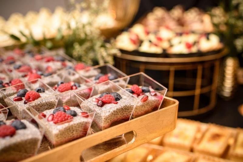 Słodki stół bankiet firmowy 3