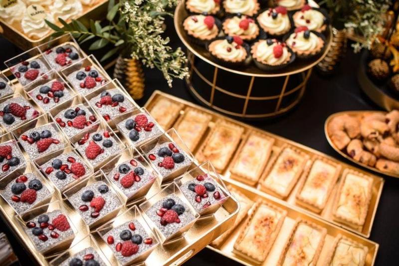 Słodki stół bankiet firmowy 8