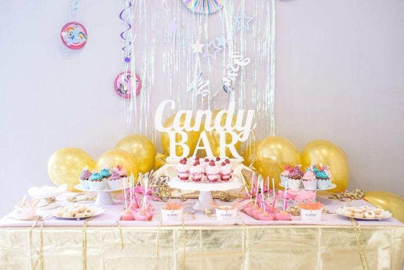 Słodki stół dla dziewczynki 8