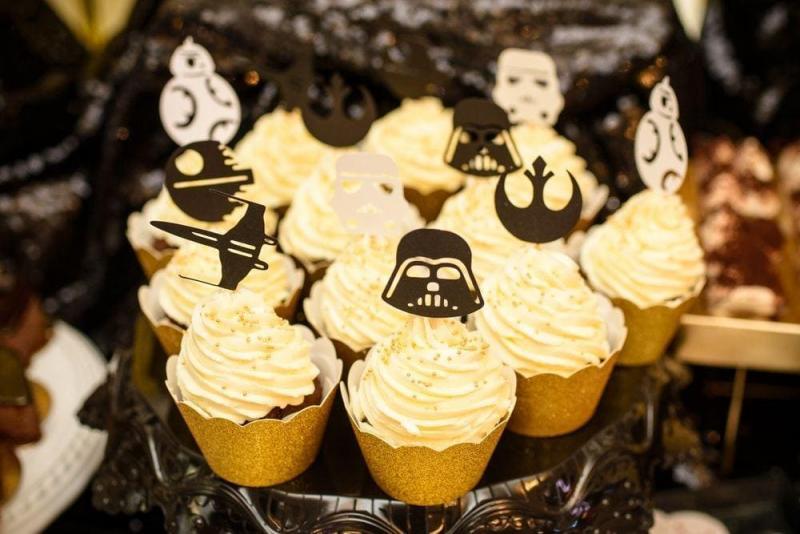Słodki stół na urodziny Star Wars 10