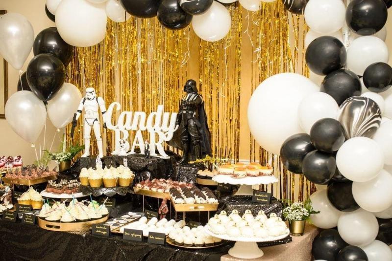 Słodki stół na urodziny Star Wars 19
