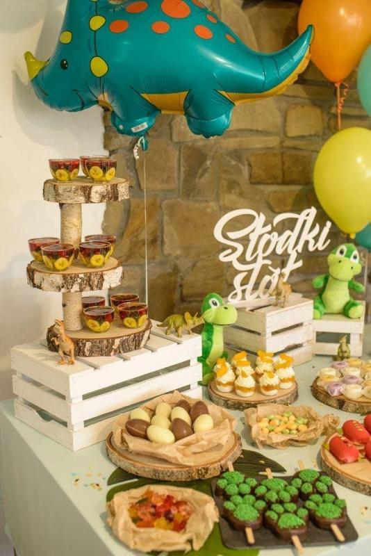 Słodki stół na roczek 13